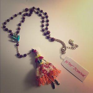 Betsey Johnson island/NOLA skeleton girl necklace